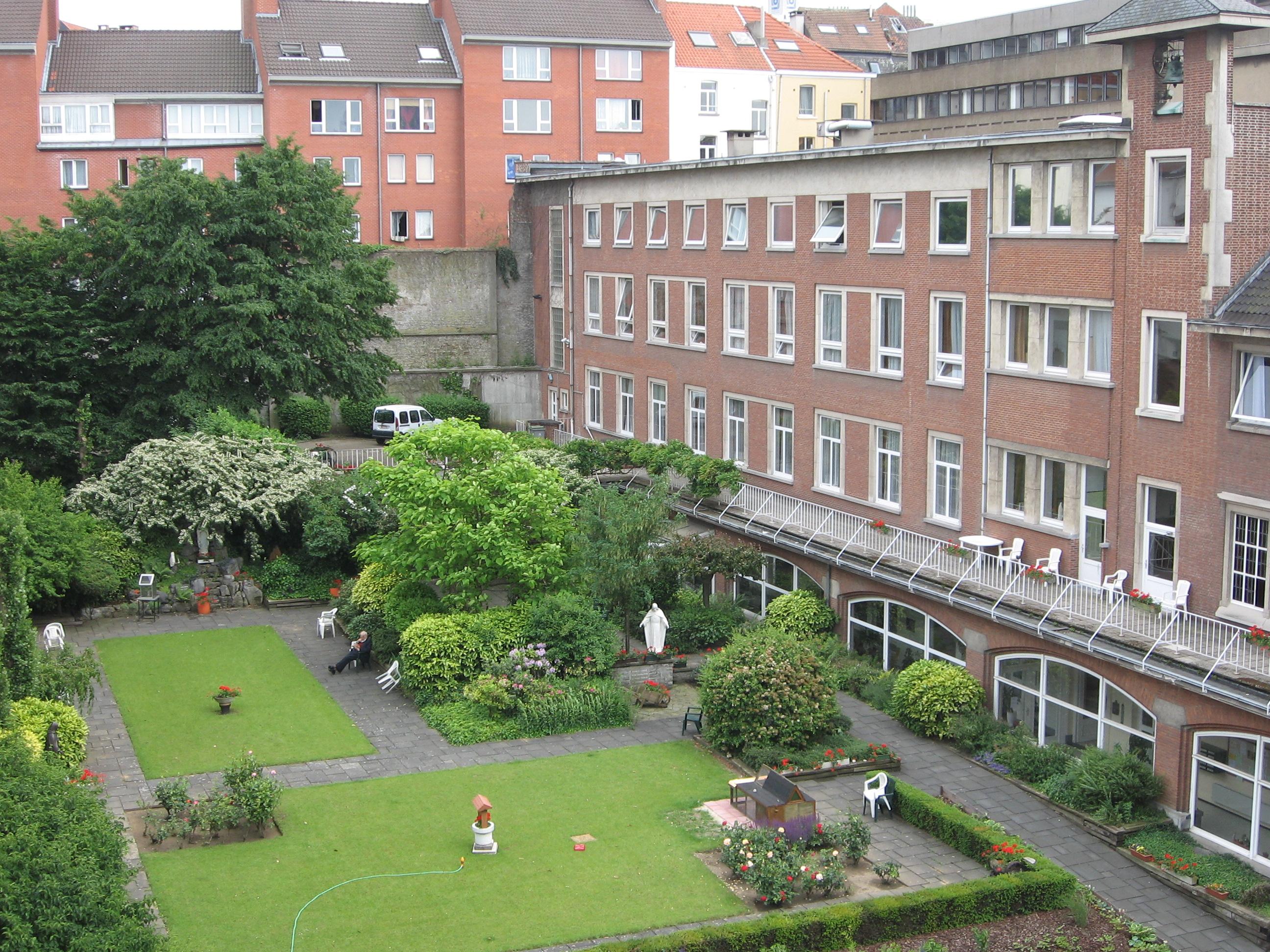Maison de jardin belgique abri de jardin en soldes pas for Jardin belgique